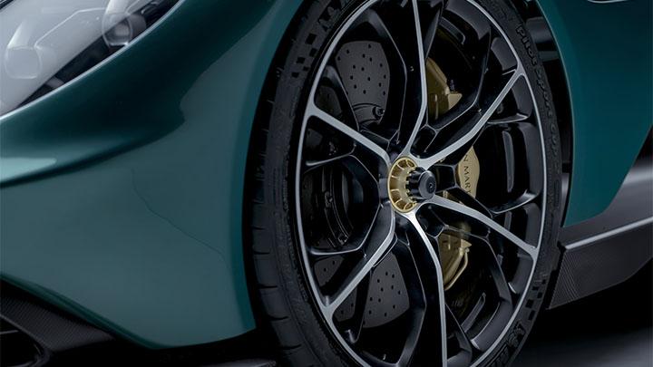 Aston Martin Valhalla, alloy wheel