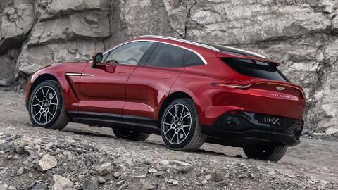Aston Martin DBX Exterior, Rear