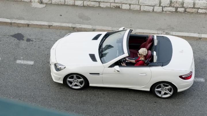 Mercedes-Benz SLK Above