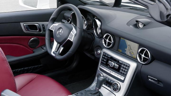 Mercedes-Benz SLK Interior