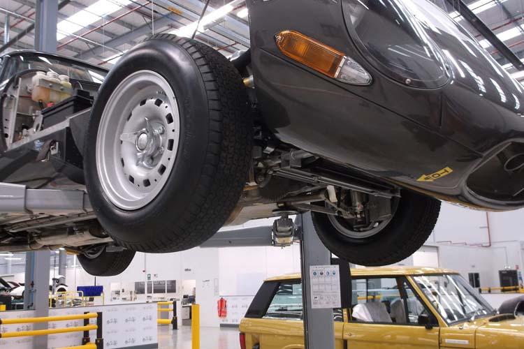 Servicing the Jaguar Lightweight E-Type.