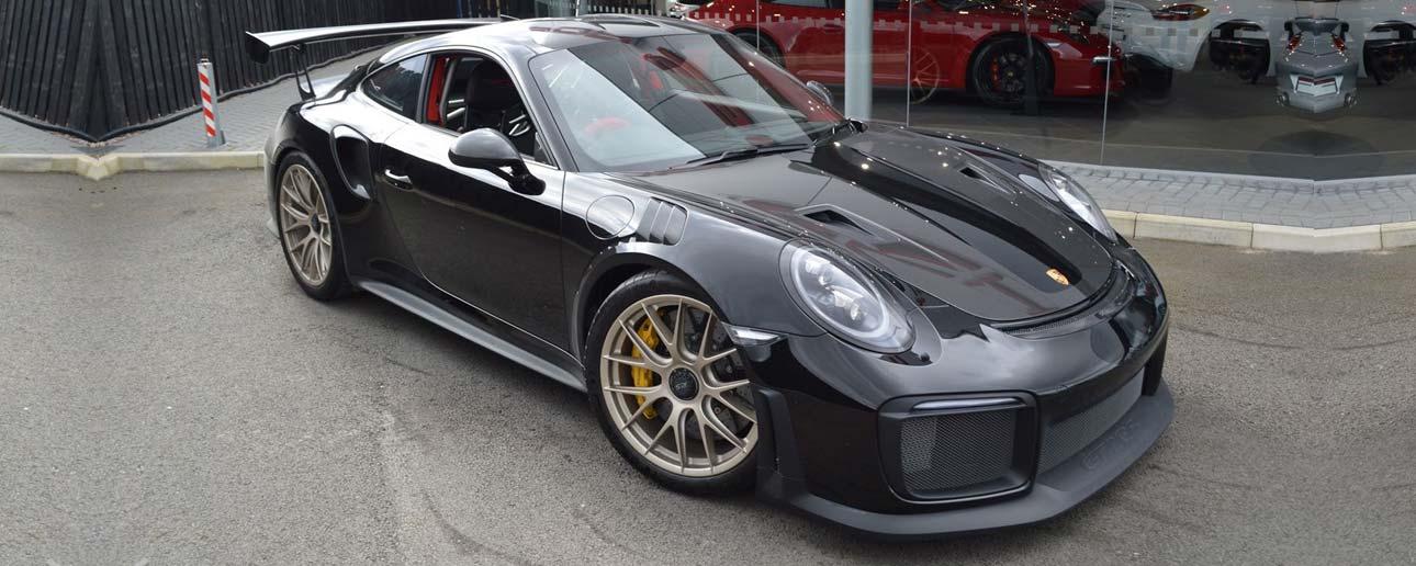 Black Porsche 911 GT2.