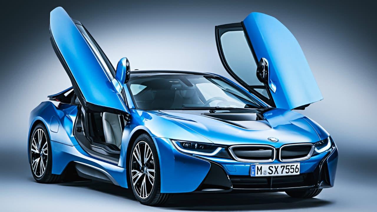 BMW i8 Front Angle