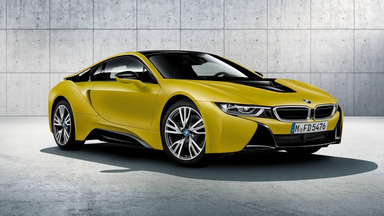 BMW i8 Frozen Yellow