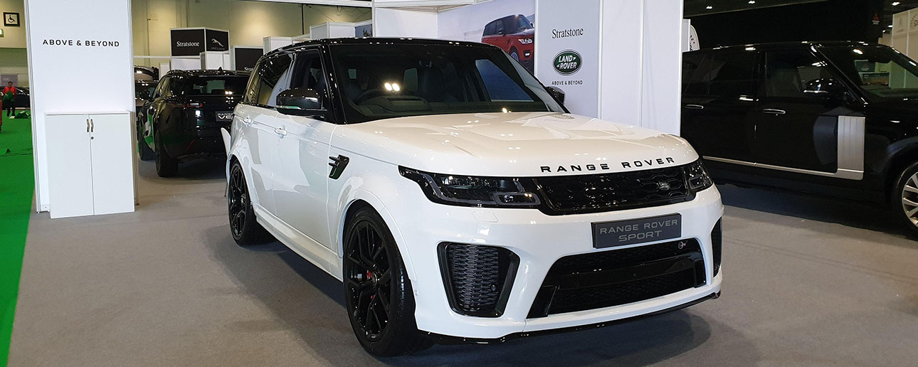 White Range Rover Sport at London Motorshow 2019.