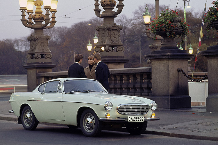 Green Volvo 1600 Coupe.