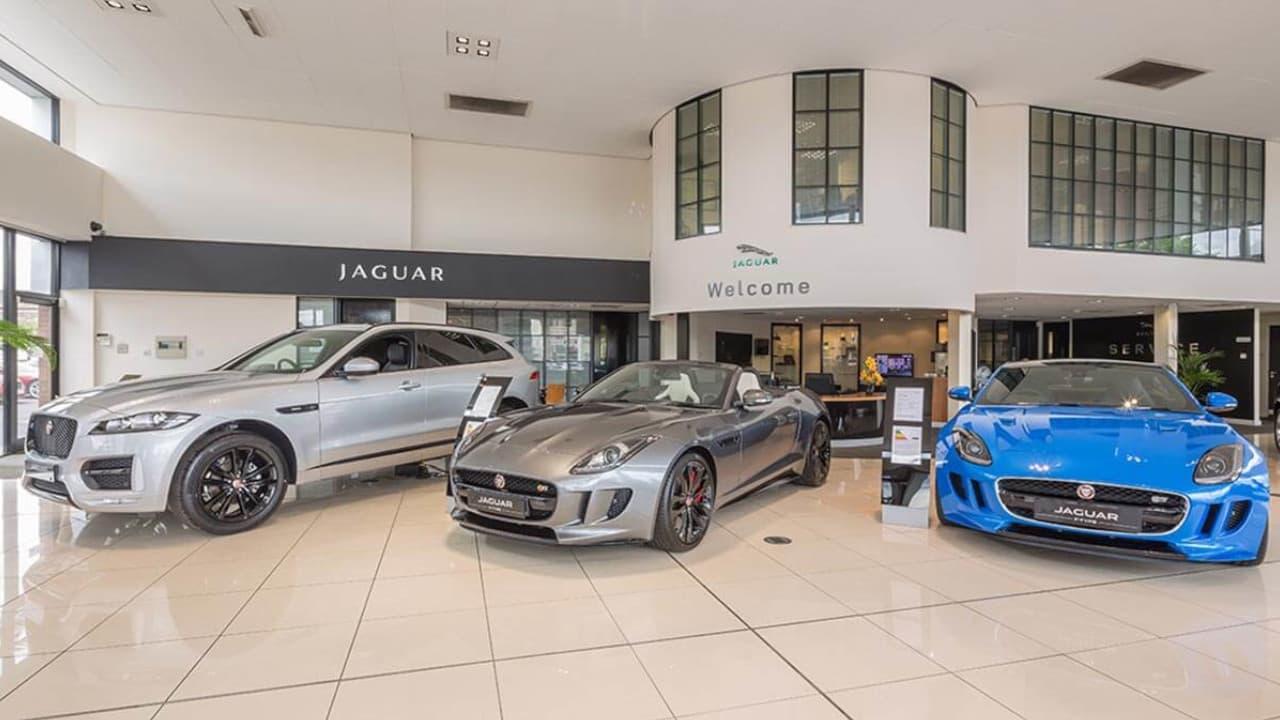 Stratstone Jaguar Showroom