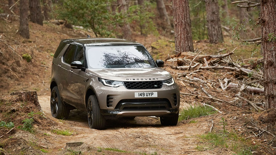 Land Rover Discovery, driving off-road