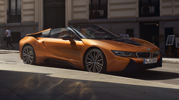 BMW i8 Roadster in orange.