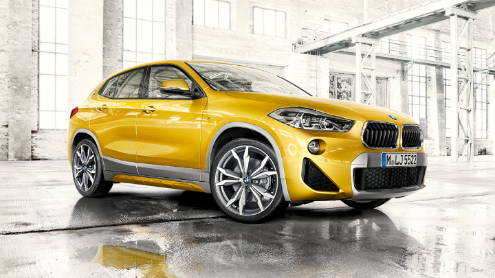 BMW X2 in yellow.