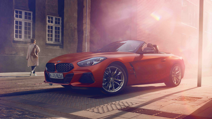 BMW Z4 in red.