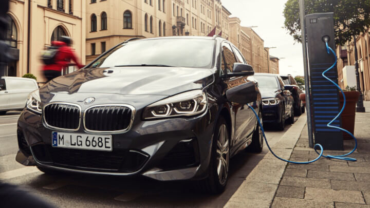 BMW 2 Series Plug-in Hybrid Charging