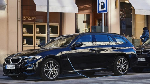 BMW 3 Series Touring Plug-in Hybrid Charging