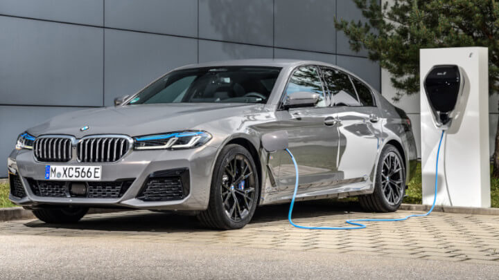 Bmw 5 Series Hybrid Plugged In