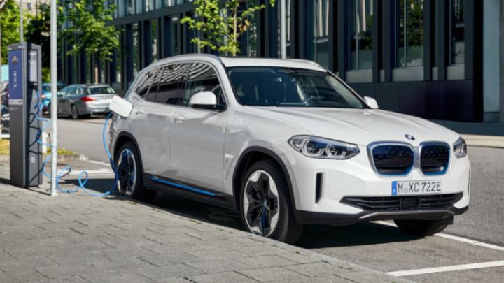 BMW IX3 Charging Street