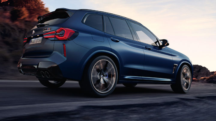 BMW X3 M Competition Driving, Rear