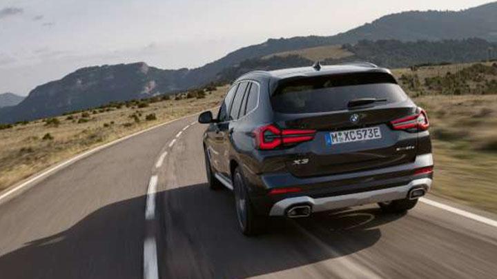 BMW X3, rear driving