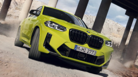 BMW X4 M Competition Driving