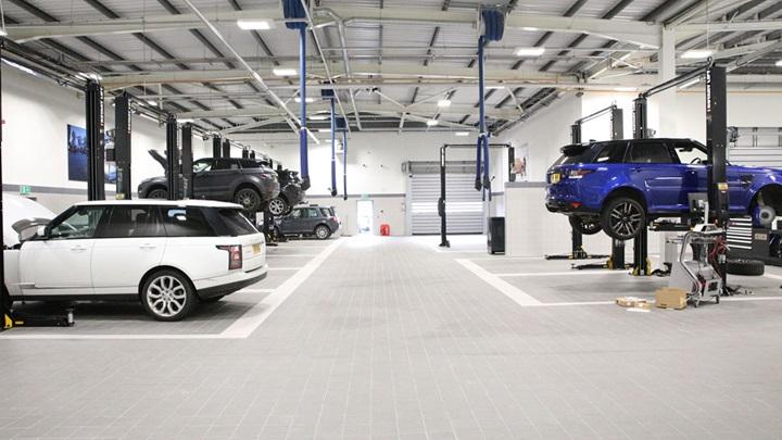 Jaguar Land Rover servicing.