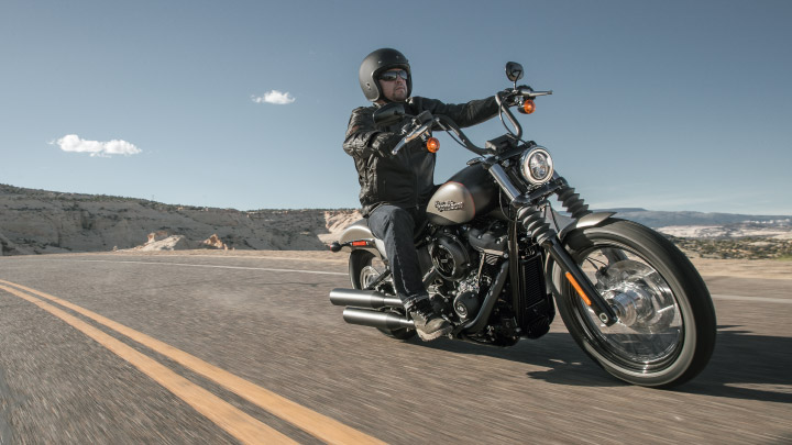 Harley Davidson Dyna on the road.