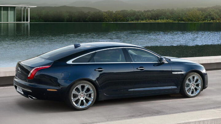 Jaguar XJ, Side profile