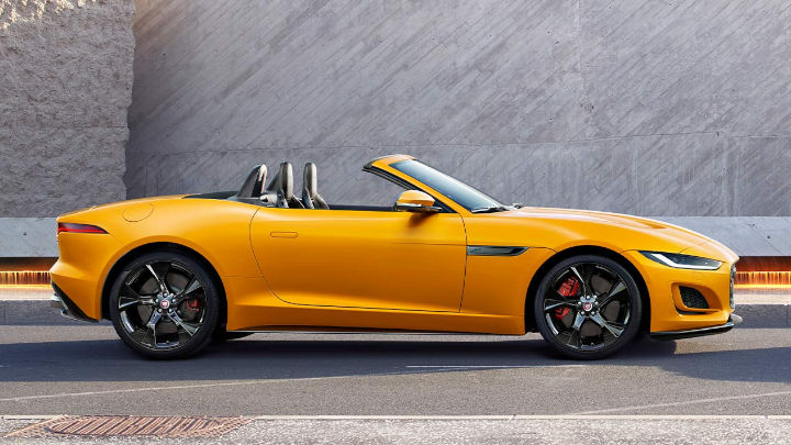 Nearly-New Jaguar F-TYPE Convertible