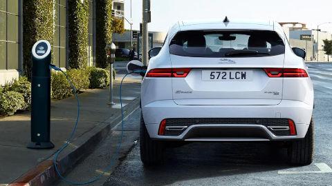 Jaguar SUV Plug-in Hybrid