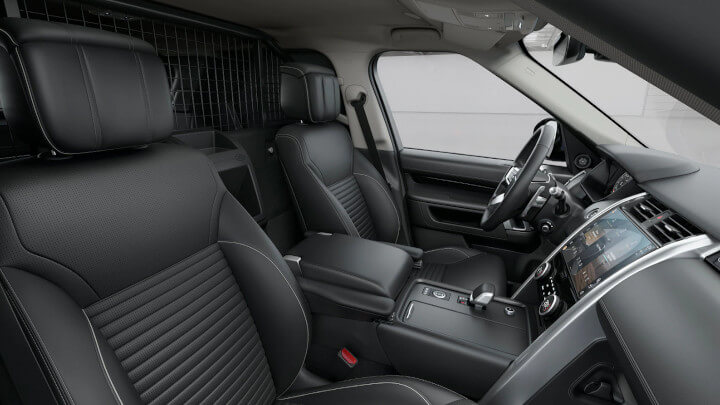 Land Rover Discovery Commercial Interior