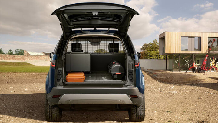 Land Rover Discovery Commercial Loadspace