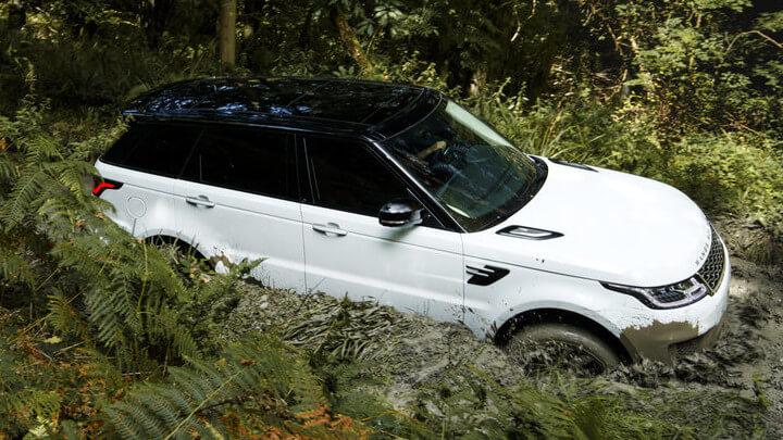 White Range Rover Sport Plug-In Hybrid Off-Roading