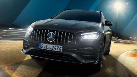 Mercedes-AMG GLA 45 Driving