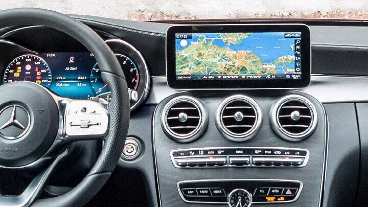 Mercedes-Benz C-Class Interior Technology