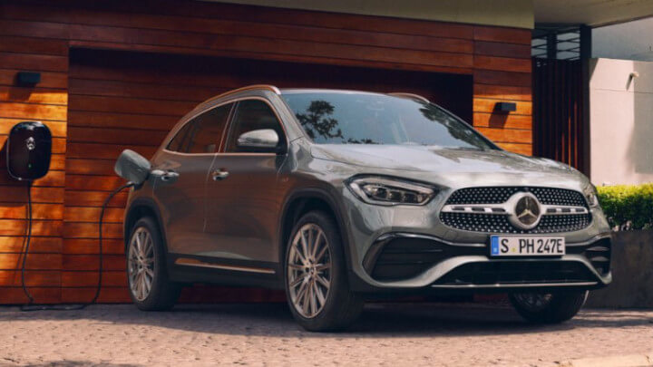Mercedes-Benz GLA Plug-in Hybrid Charging