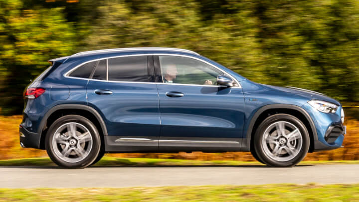 Mercedes-Benz GLA Plug-in Hybrid Side