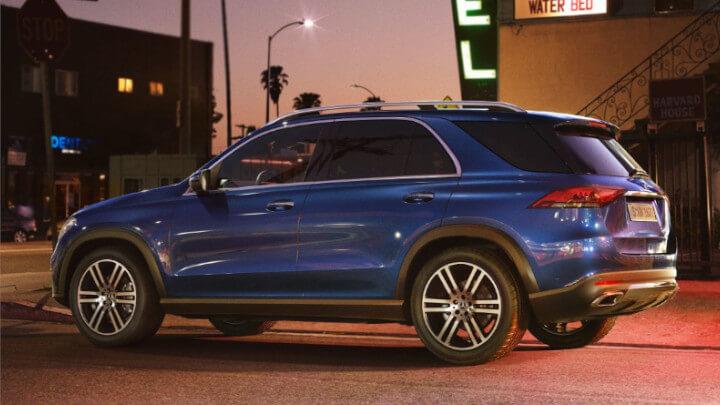 Mercedes-Benz GLE Side
