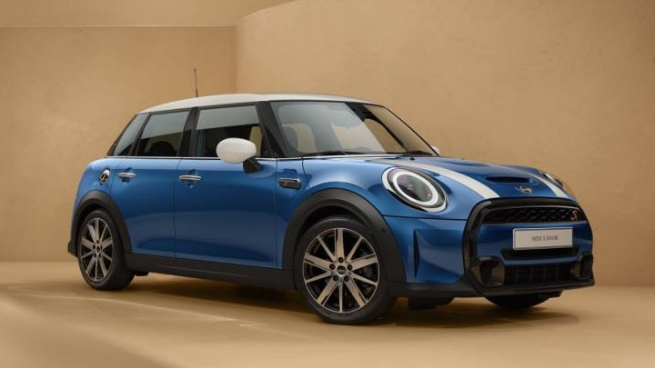 Nearly-New MINI 5-door Hatchback