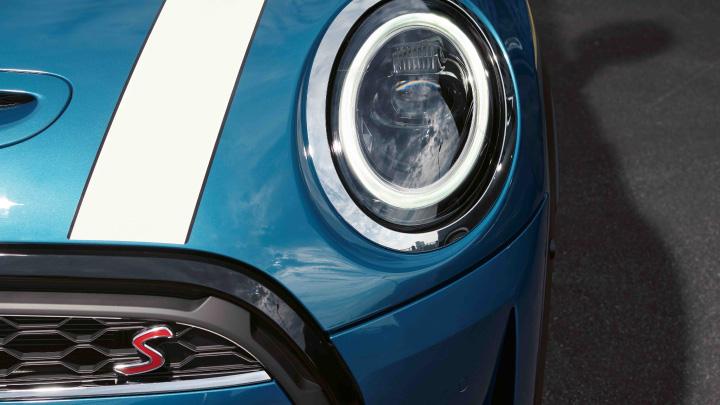 MINI 5-door Hatch Headlight
