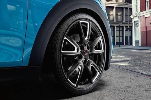 tailored brake pad prices