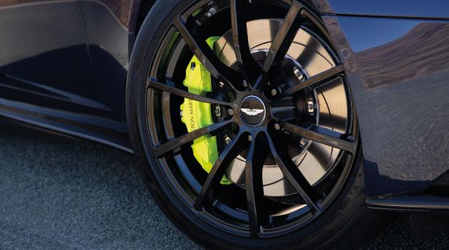 aston martn db11 amr flagship wheels