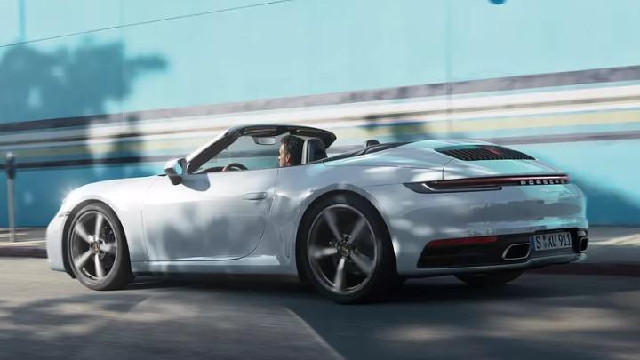 Porsche 911 Cabriolet, Rear, Driving