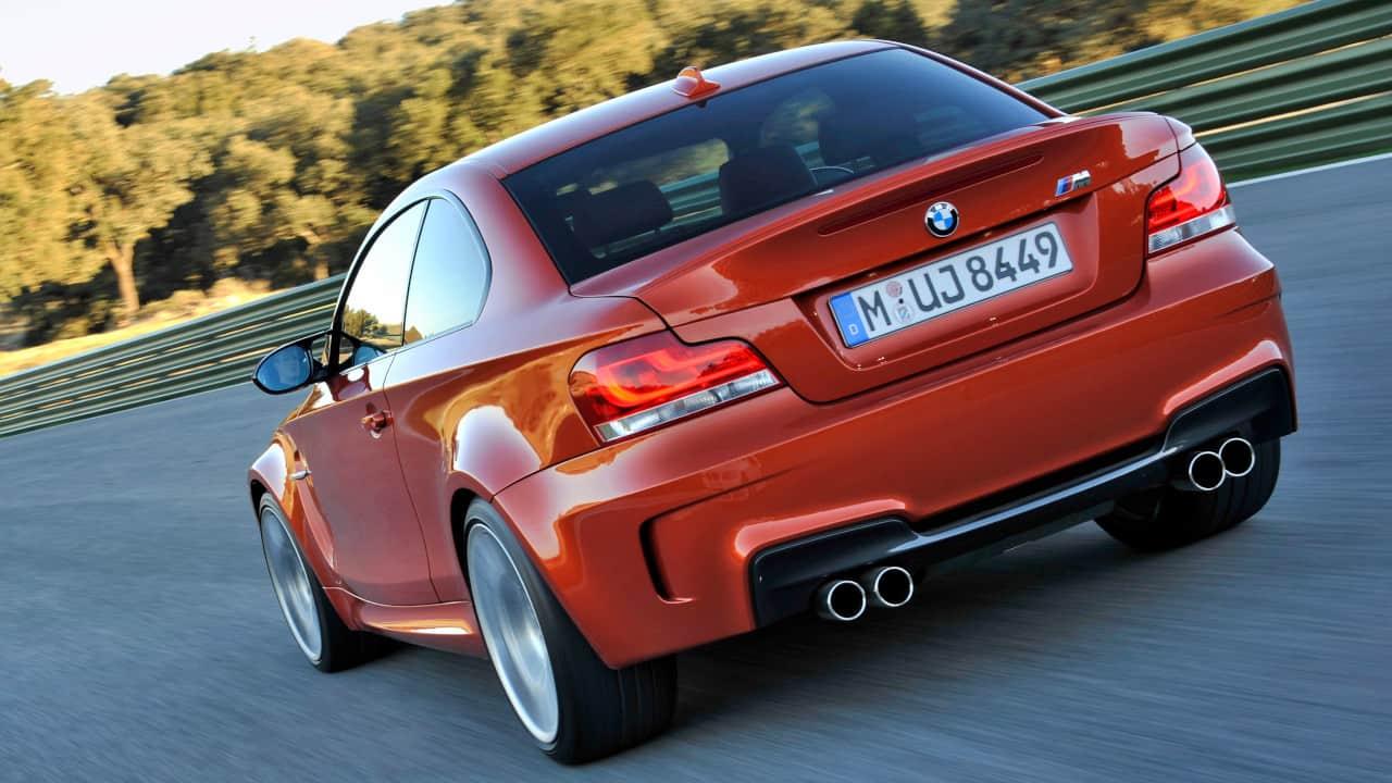 BMW 1M Rear Driving