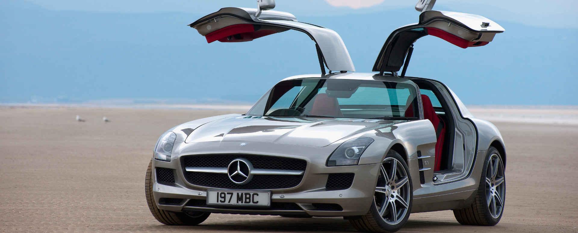 Mercedes-AMG SLS Large Carousel