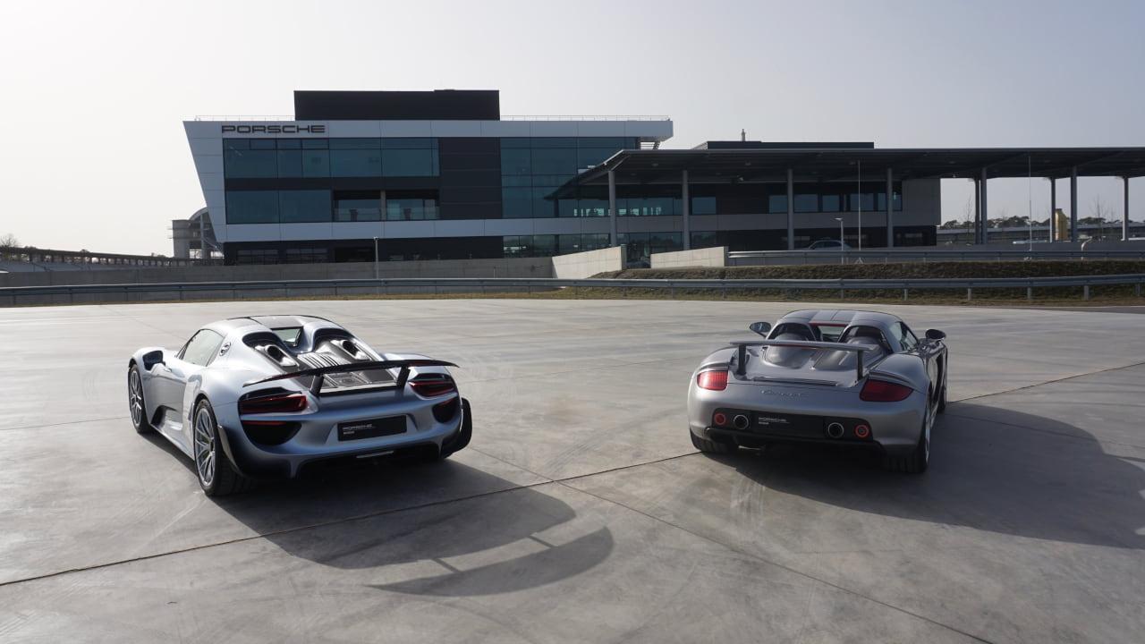 Porsche 918 Spyder models